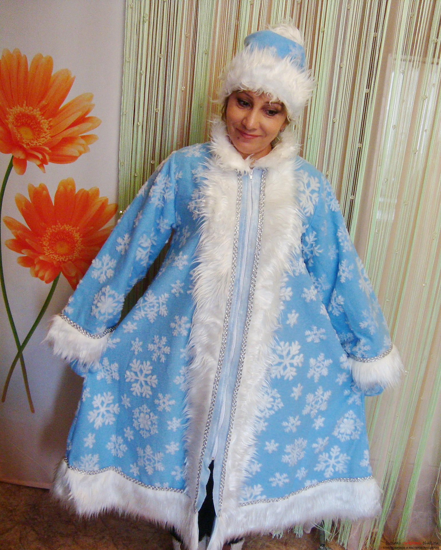 How to make a Snow Maiden costume as a carnival costume for the New Year. A detailed master class with photos and videos will help to sew a Snegurka costume even to novice craftsmen. Picture №11
