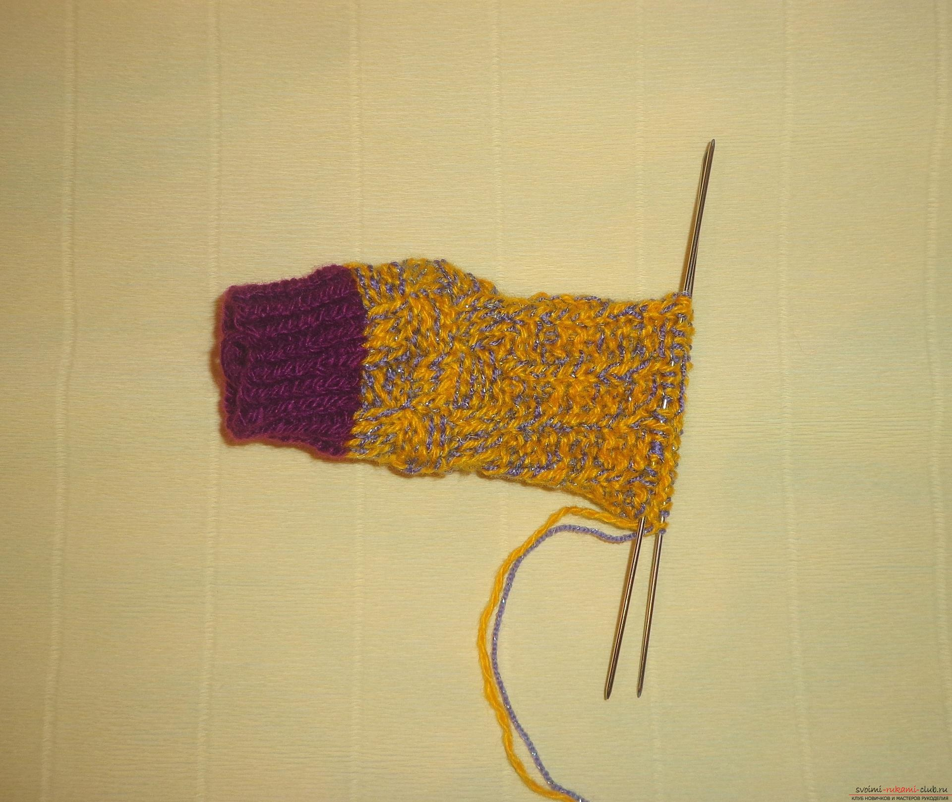 """Photo to the lesson on knitting with knitting needles of children's socks """"Winter"""". Photo Number 9"""