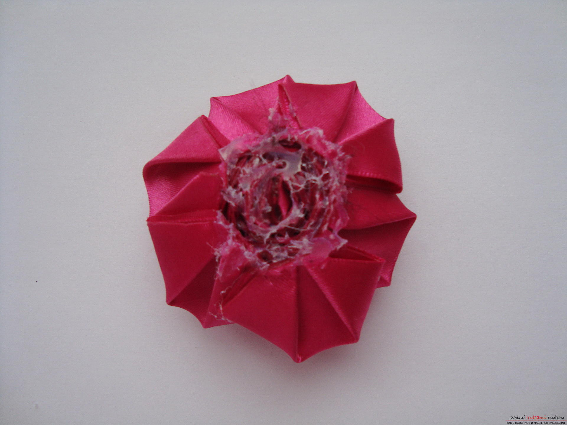 Step-by-step instructions for creating roses from the atlas with your own hands. Photo number 15