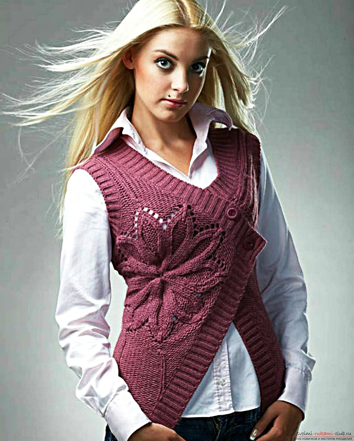 knitted blue vest for women with a braid pattern. Photo №1