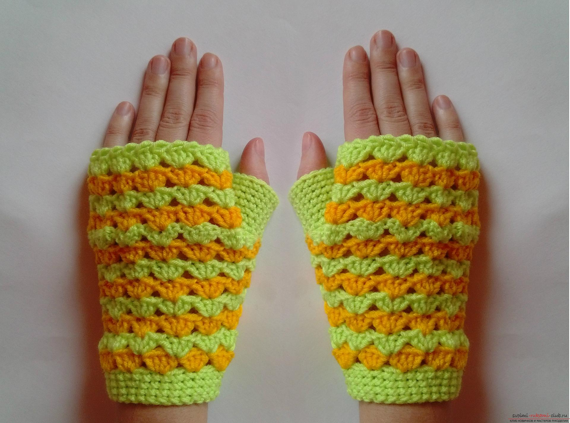 A master class with a photo and a description of the process will teach how to tie fishnet mitts crochet. Photo №1
