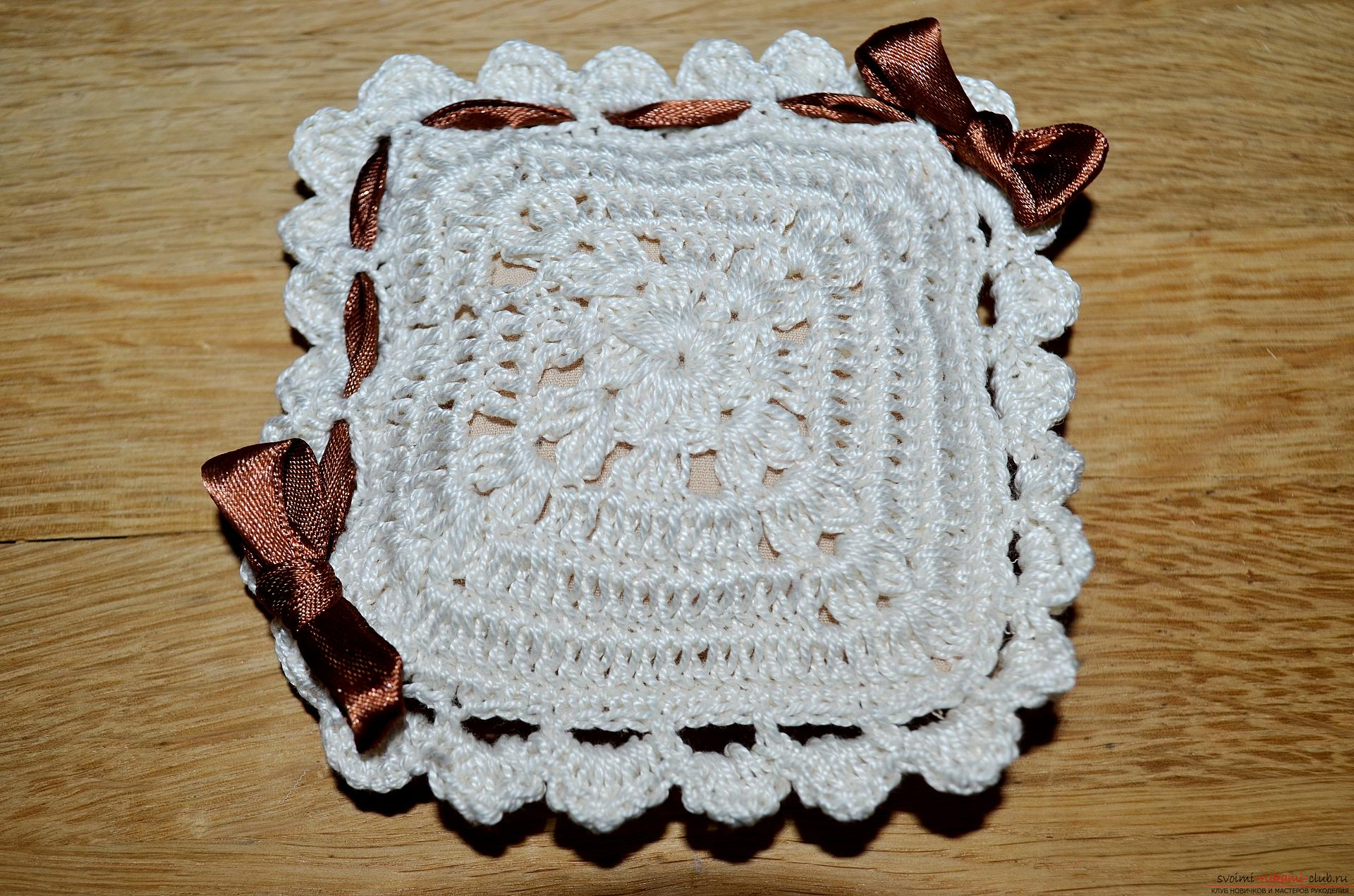 A crocheting lesson for the original cushion-needle bed with step-by-step recommendations and photos. Photo Number 19