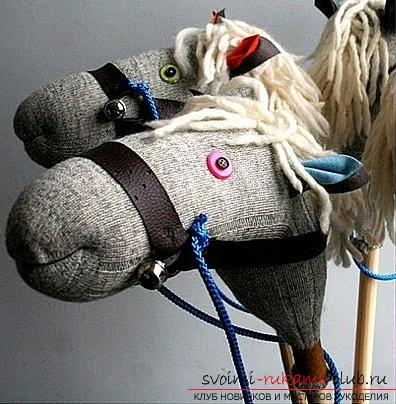 A horse with their own hands, a toy horse, a horse of socks with their own hands, a horse out of the thread with their own hands, how to make a horse out of improvised materials, tips, recommendations and phased photos .. Photo # 5