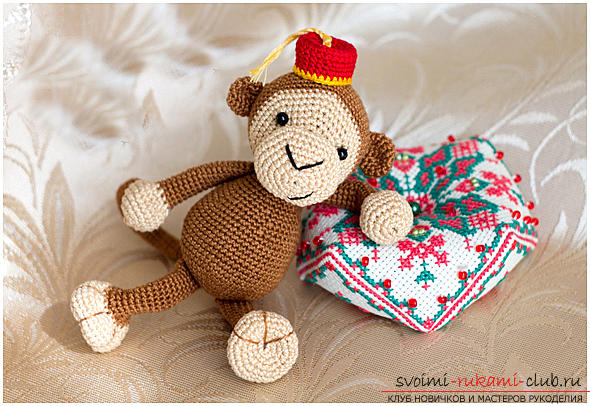 Master class on crocheting monkey amigurumi Abu with his hands with a detailed description. Photo # 2