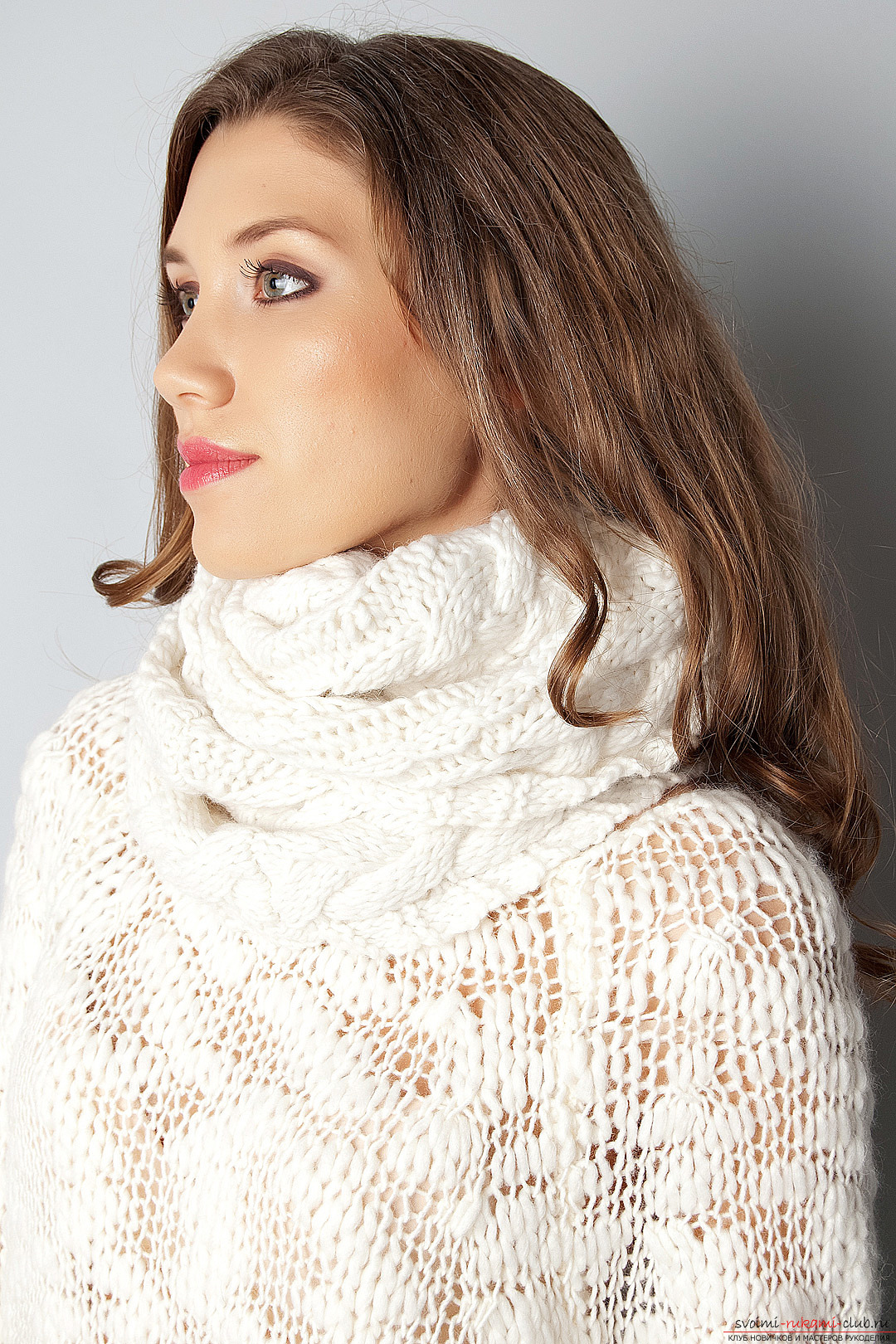 A wide scarf-cape with knitting needles. Photo №1