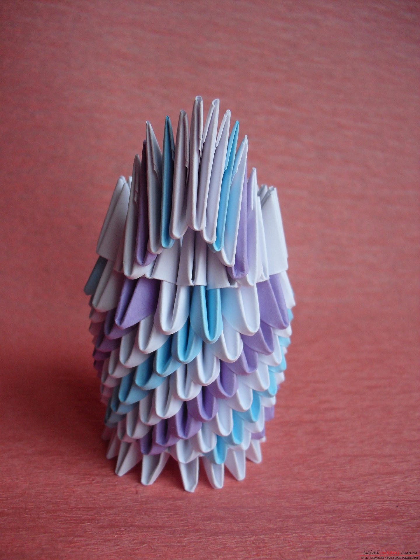 This master class will teach you how to make a vase with tulips made of paper in the technique of modular origami .. Photo # 9