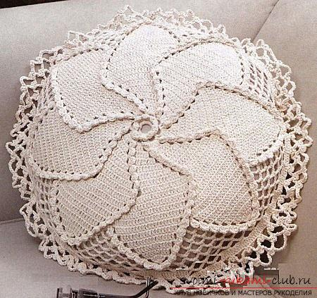 How to tie a pillow crochet, charts and a detailed description of the work, photos of finished products .. Photo # 10