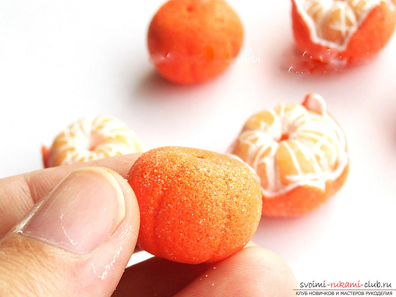 Lessons and master classes with a photo on the sculpture of fruit beads and a whole mandarin .. Photo # 27