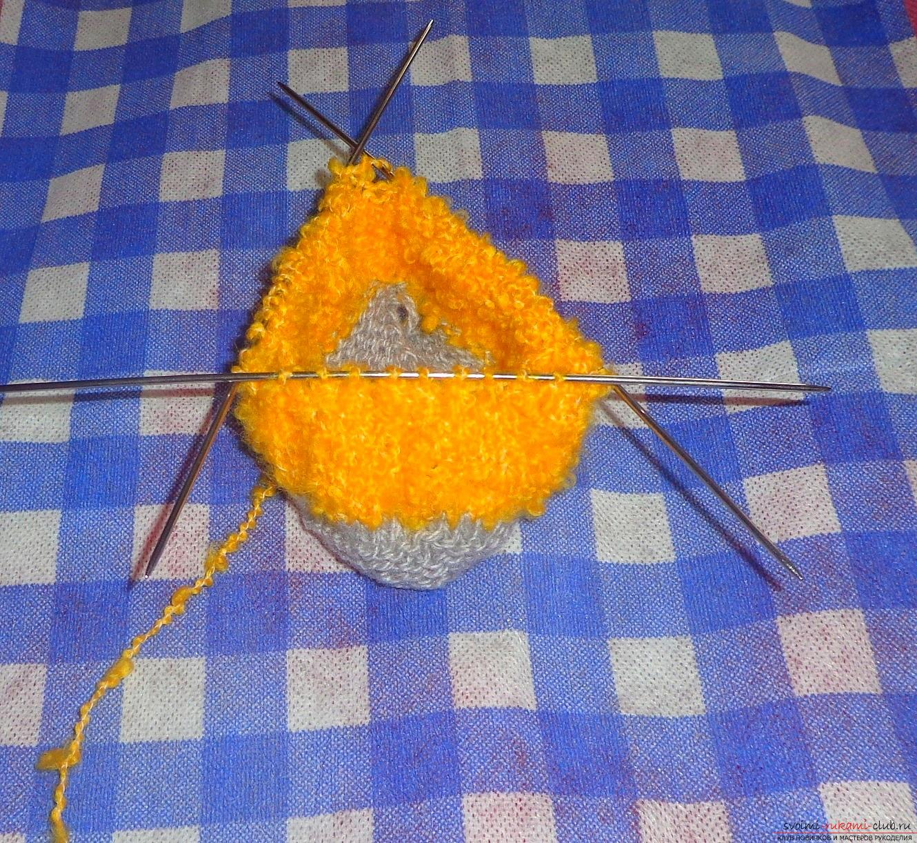Step by step instruction on knitting boots for children