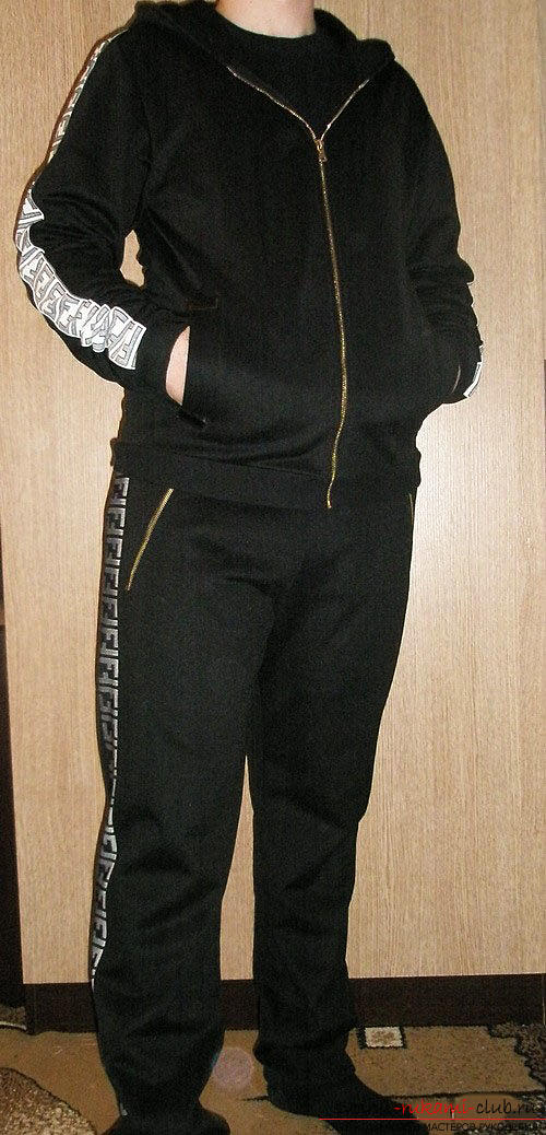 We sew a man's sports suit on a pattern. Photo №8