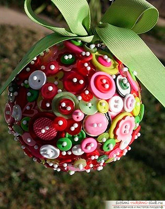 How to make Christmas trees: balls, snowflakes and much more with their own hands, master classes to create Christmas tree toys with step-by-step photos and descriptions. Picture №3