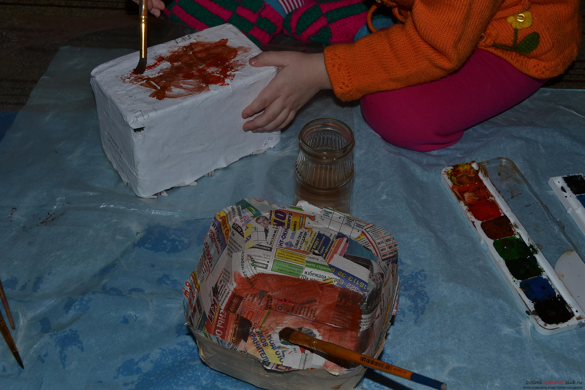 This master class will teach you how to make your own hand-made papier-mache. Photo number 15