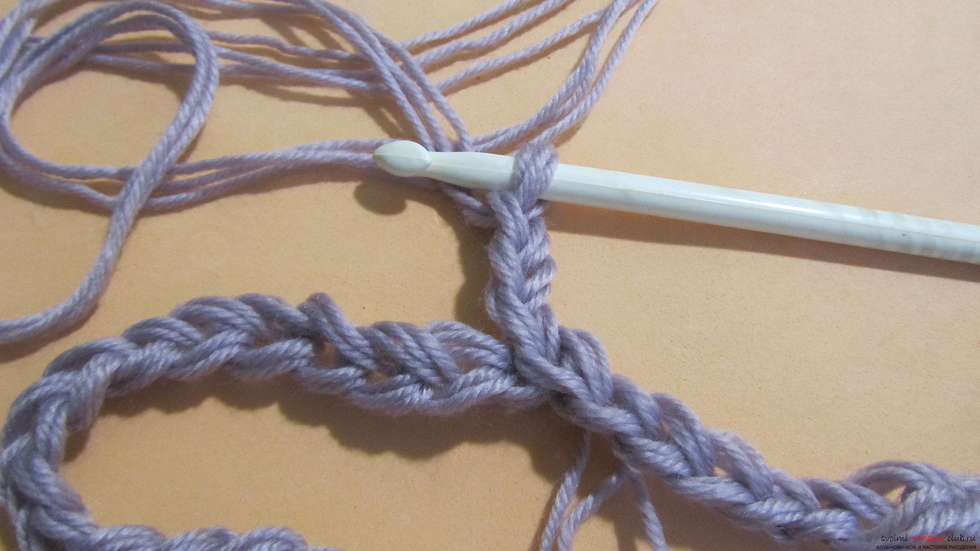 This detailed master class with a photo contains crochet snatch crochet patterns. Picture # 4