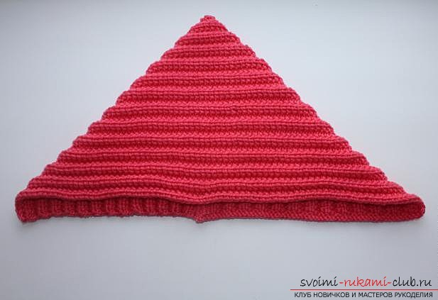 stylish knitted hat for a child. Photo №5