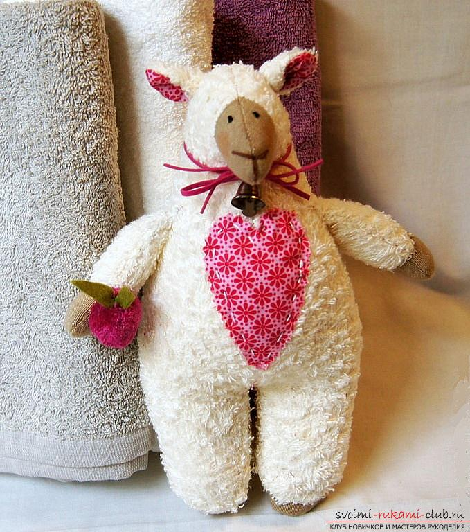 Lesson of Tilda sheep's tailoring with the help of a pattern .. Picture №3