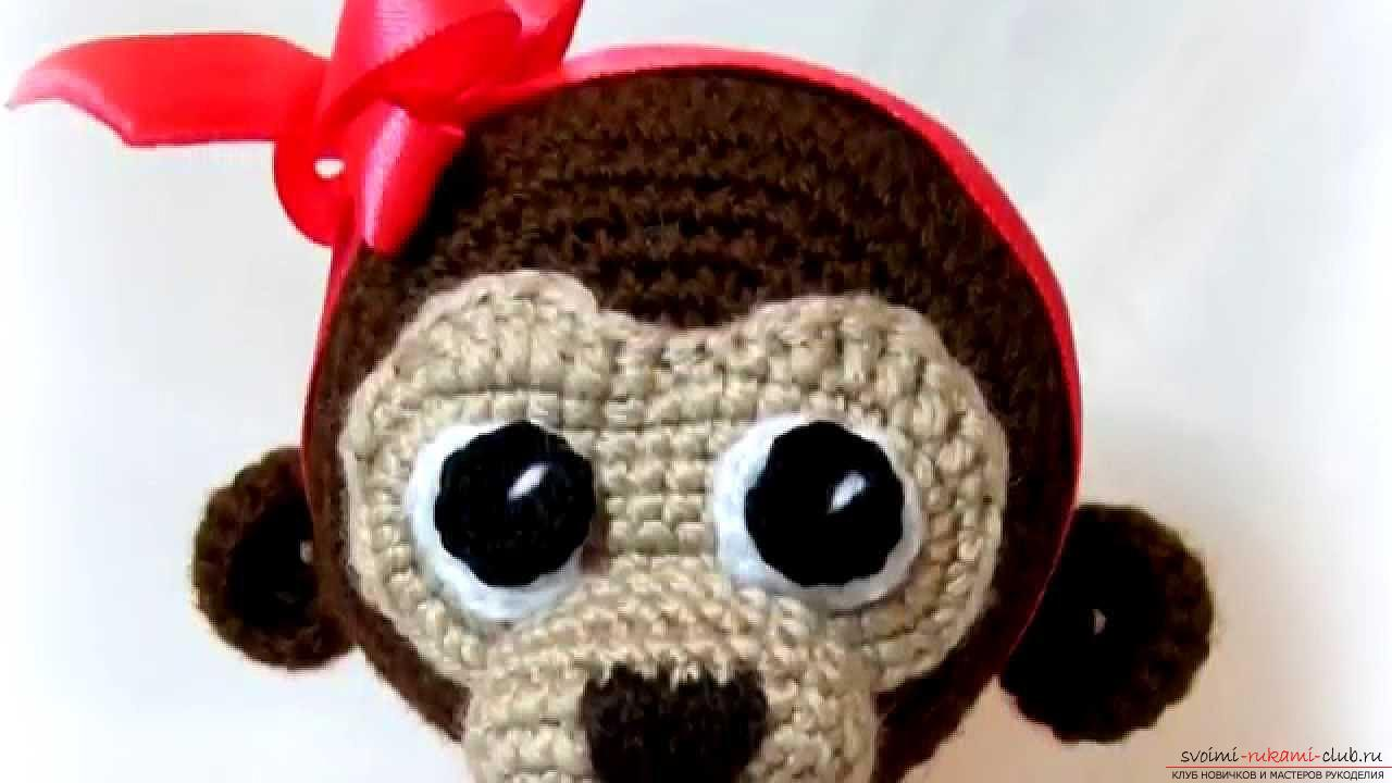 Monkey amigurumi with his hands with a step-by-step description and photo. Photo Number 11