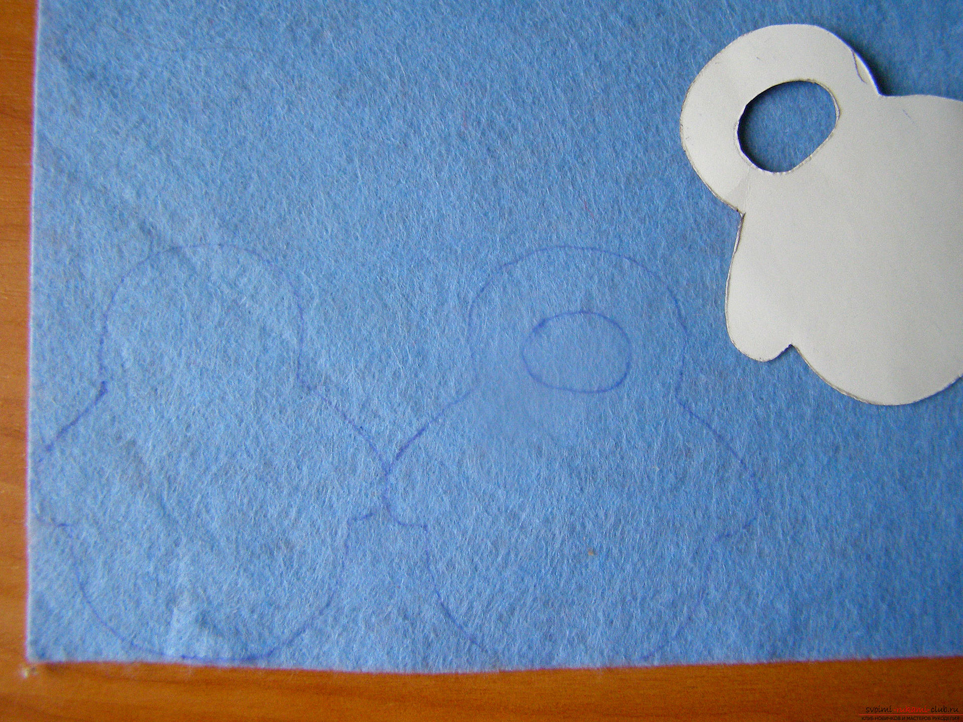 This master class with a pattern will teach you how to make your own felt toys .. Photo # 8