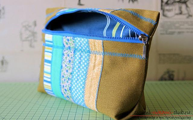 A spacious cosmetic bag sewn in the technique of patchwork sewing. Picture №31