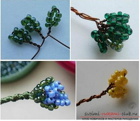 Master class for weaving flowering violets from beads with their own hands with a photo. Picture №3