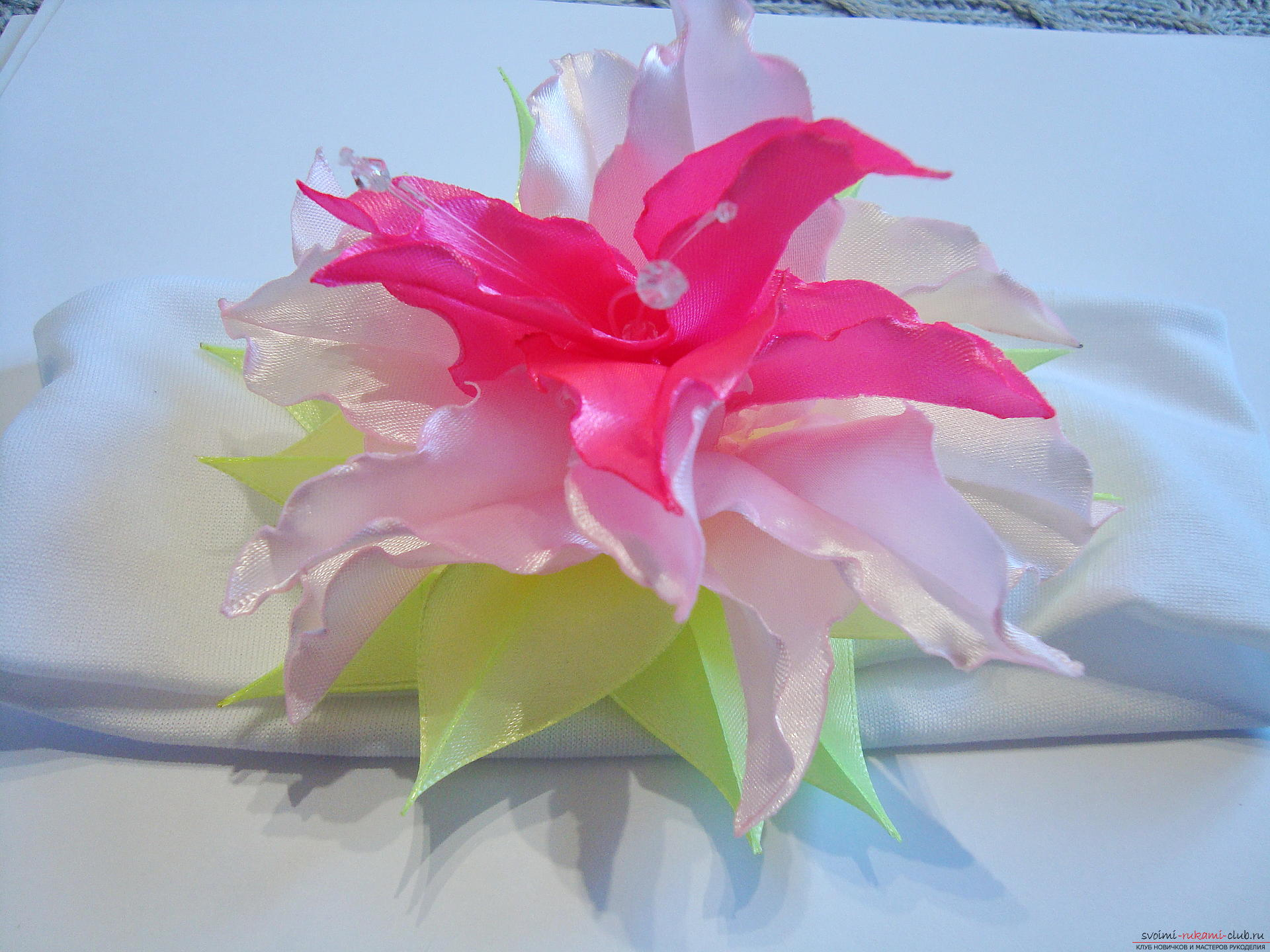 Liliai Kanzashi from the ribbons - we master ourselves. Photo №1
