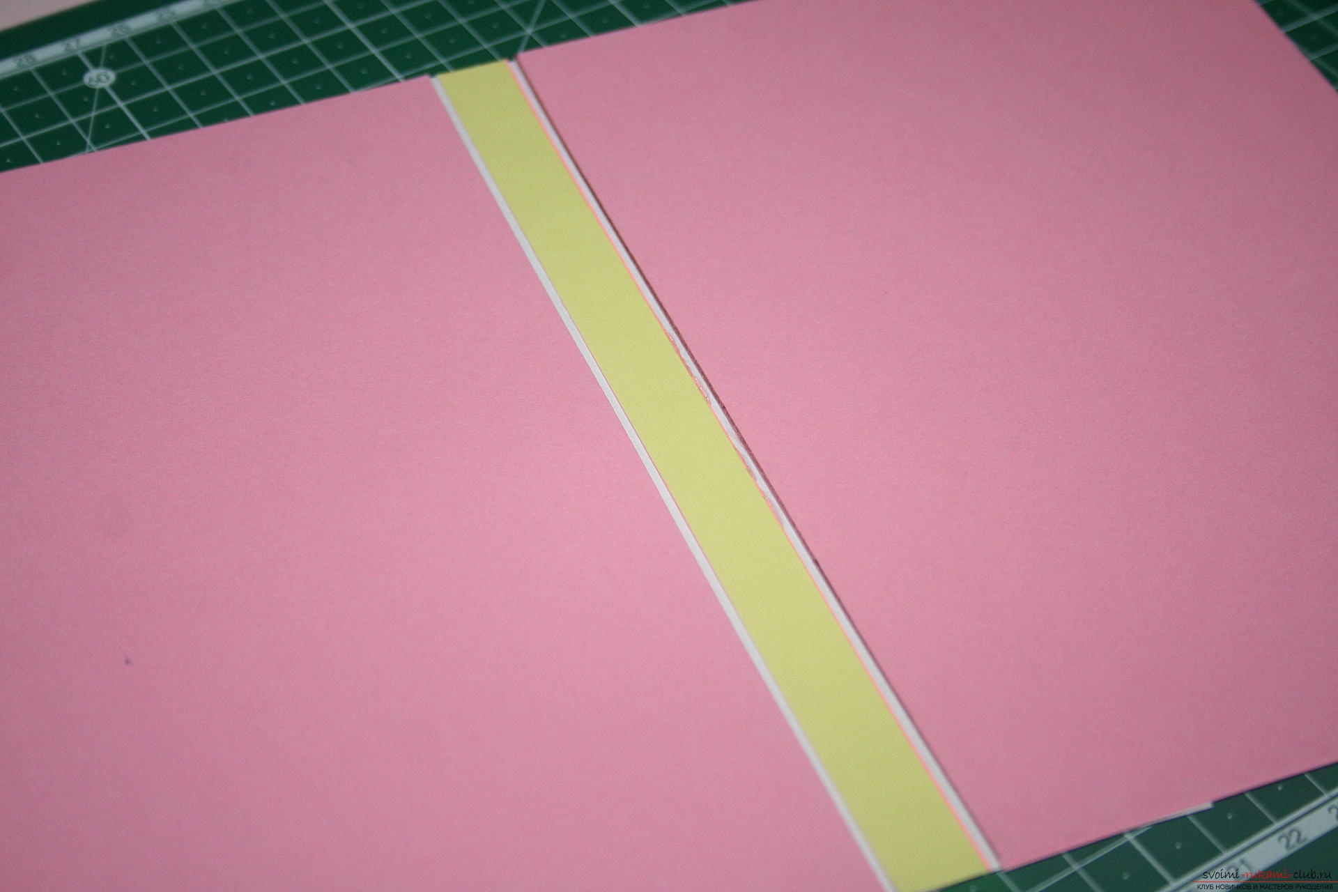 This master class will teach you how to make an original gift for the New Year - scrapbooking notebook. Picture №10