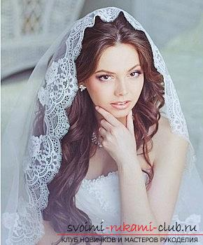 A lot of wedding hairstyles for 2016 with their own hands. Picture №30