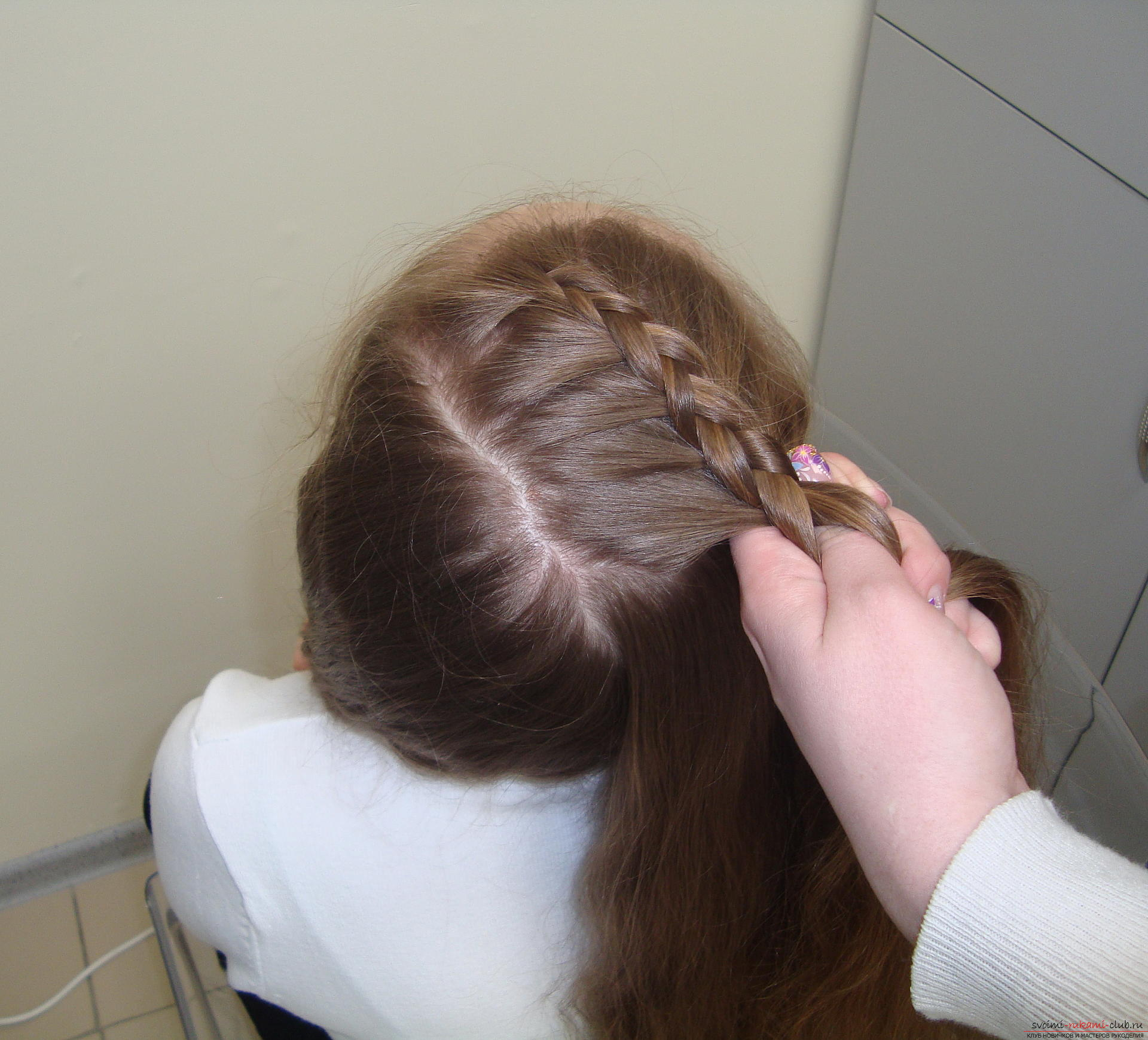 Photo to the lesson on the weaving of French braids. Photo №5