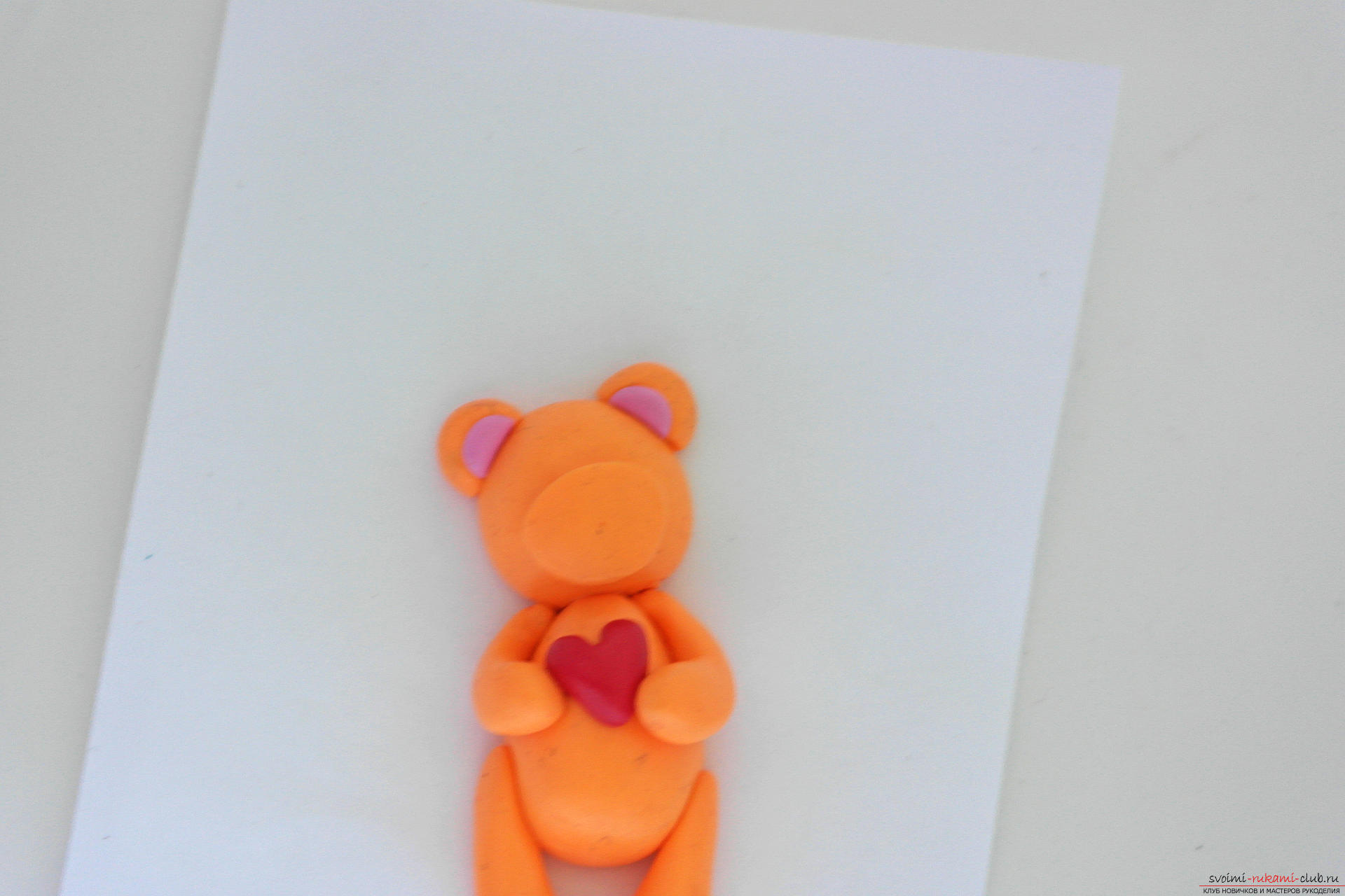 This detailed master class will teach you how to make a figure of polymer clay - a keychain in the form of a bear. Photo # 23