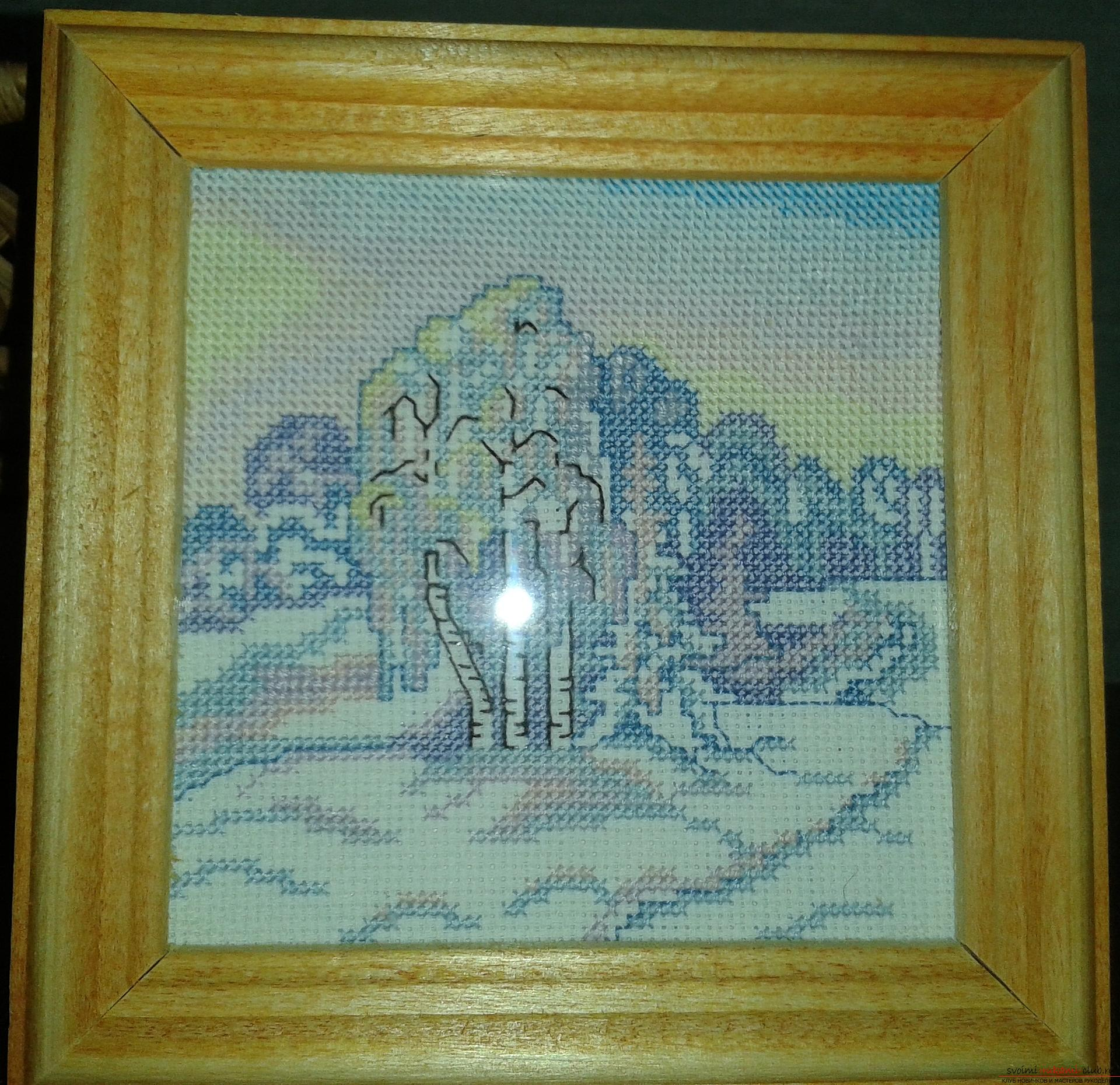 Cross-stitch embroidery is one of the earliest types of needlework, especially beautifully painted paintings embroidered with a cross .. Photo # 2