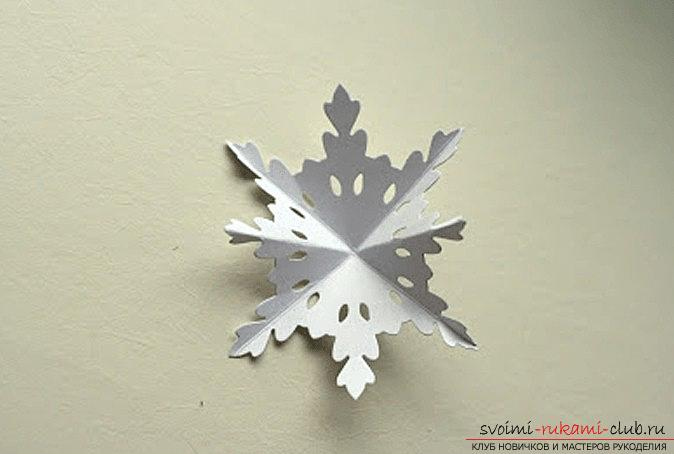 New Year snowflakes with their own hands - techniques and creative ideas for home. Picture №3