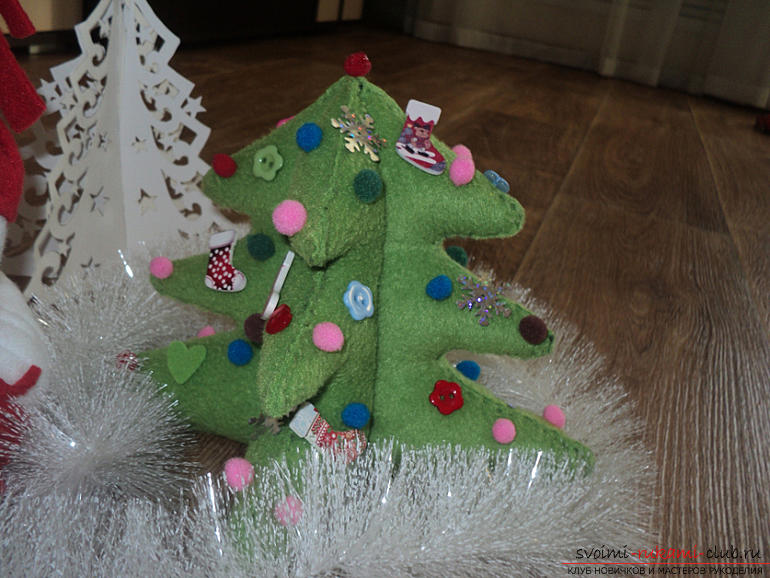 Christmas tree with their own hands, a Christmas tree of paper, a Christmas tree of cloth, how to make a Christmas tree, tips, recommendations, step-by-step photos .. Photo # 13