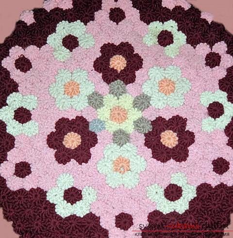 crocheted mat of pampushes. Photo # 2