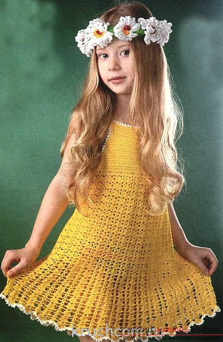 Crochet sarafans for children - a summer dress with daisies. Picture №3