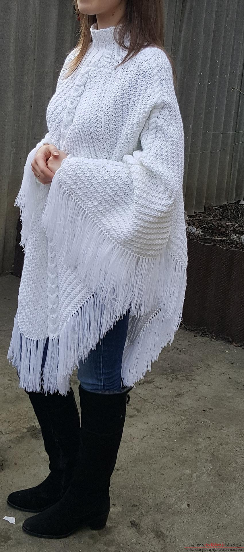 Knitted poncho from acrylic yarn with the addition of wool. Photo №5