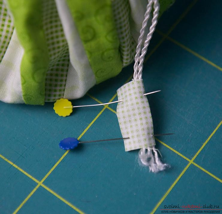 Making a Japanese bag of Omega in the style of Japanese patchwork. Photo Number 19