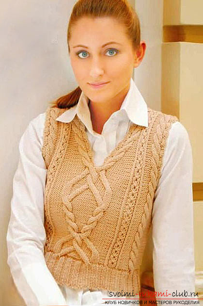 knitted knitted women's vest of strict style. Photo №1
