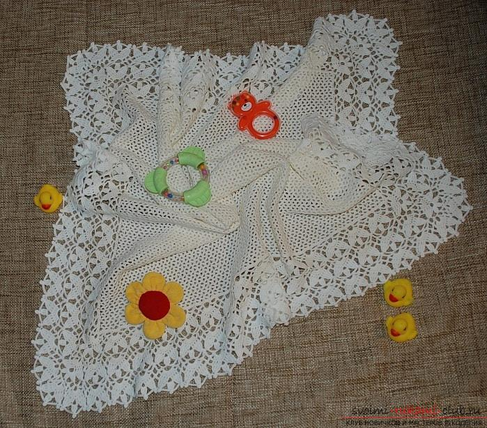 How to crochet a plaid for a child, free schematics and a description of knitting a blanket by one linen. Photo №1