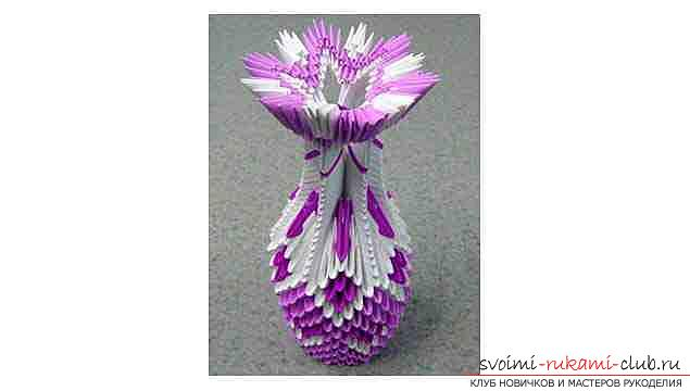 Modular origami - a vase for flowers with a high stem. Photo №1