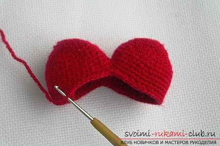 We knit an amigurumi cat in the shape of a heart with our own hands with a photo and description. Photo №6
