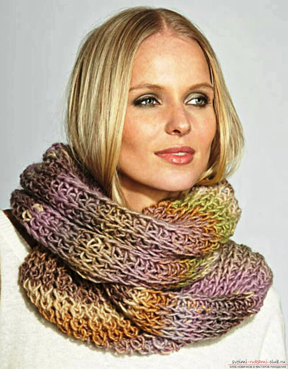 knitted knitting needles with a delicate openwork scarf-yoke. Photo №4