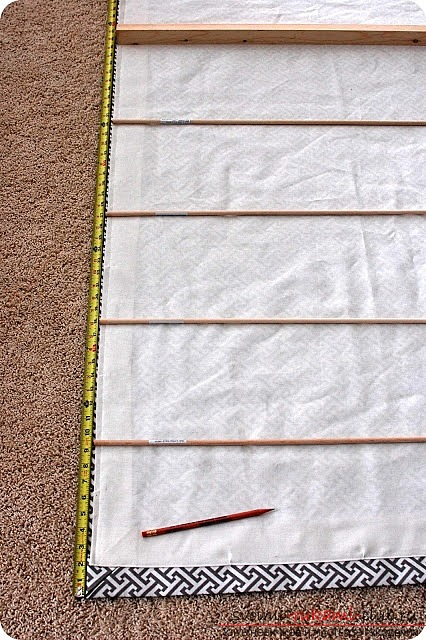 an instruction to create simple Roman curtains for the kitchen. Picture №3