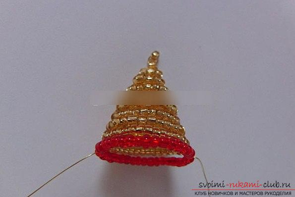 Making a bell for a Christmas tree for the new year - beading and a master class. Photo №4