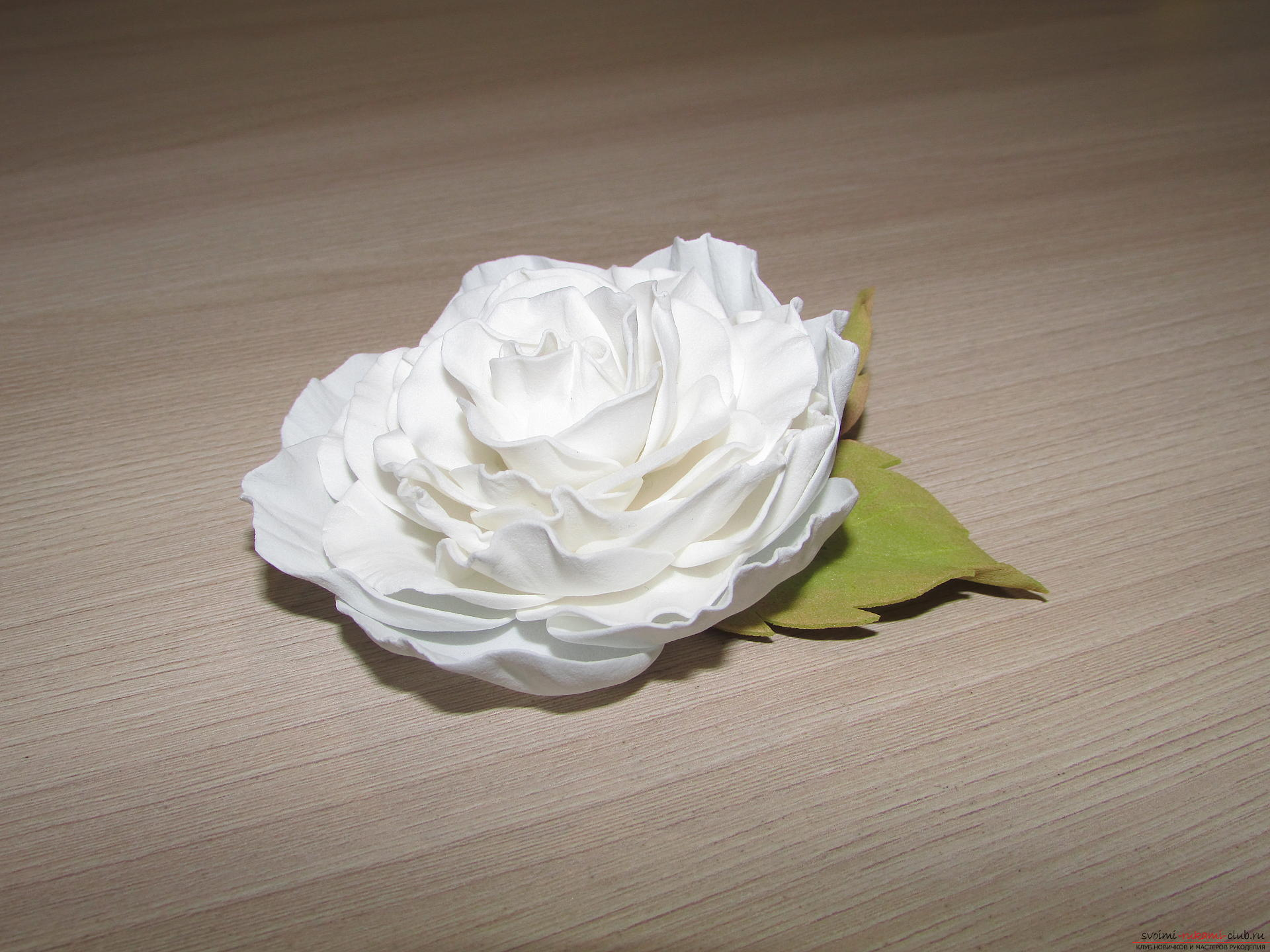 This detailed master-class of flowers from foamiran tells how to make a white rose .. Photo №13