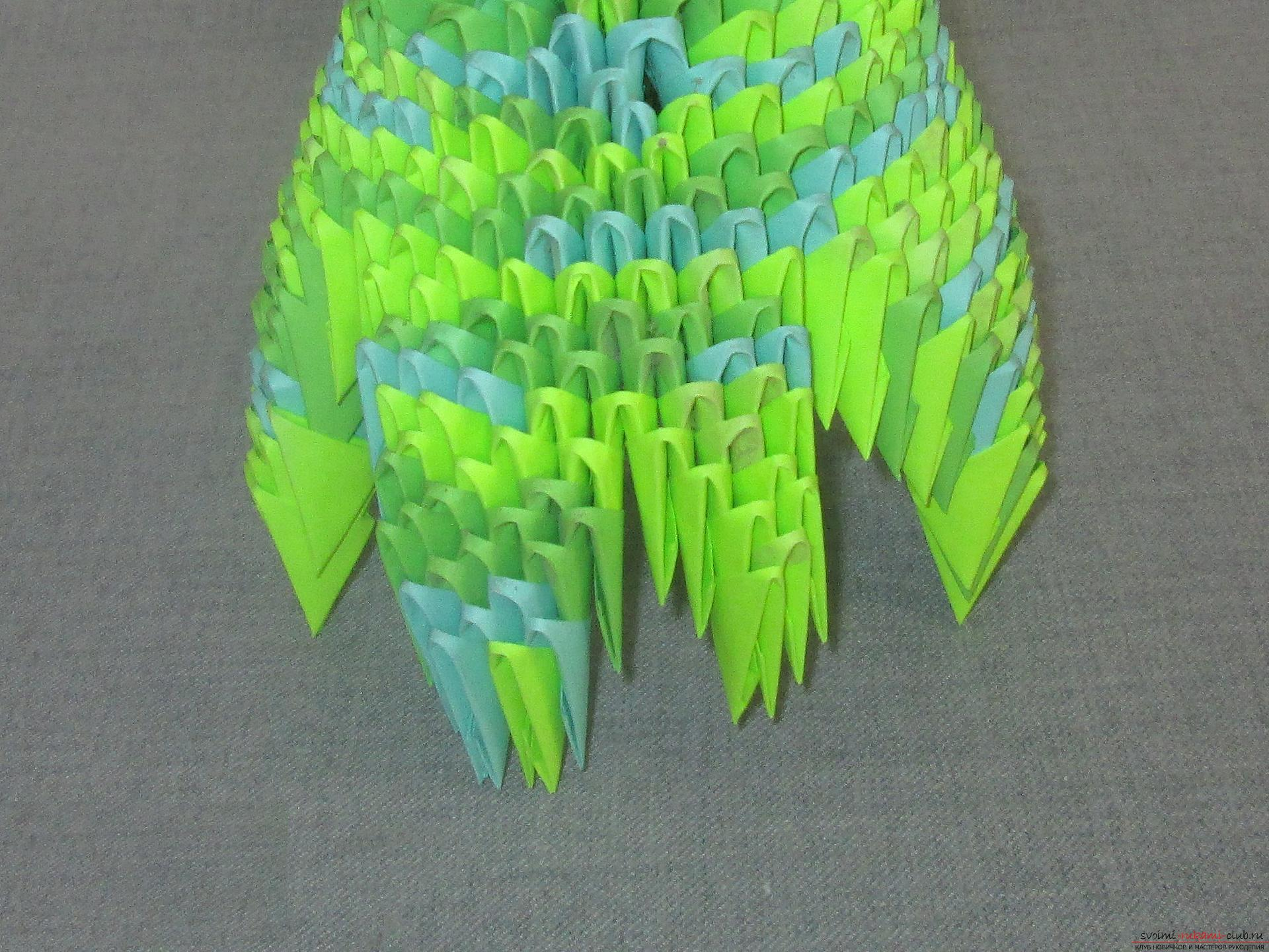 This detailed master-class modular origami with step-by-step photos contains a scheme for assembling the birch from paper .. Photo # 26