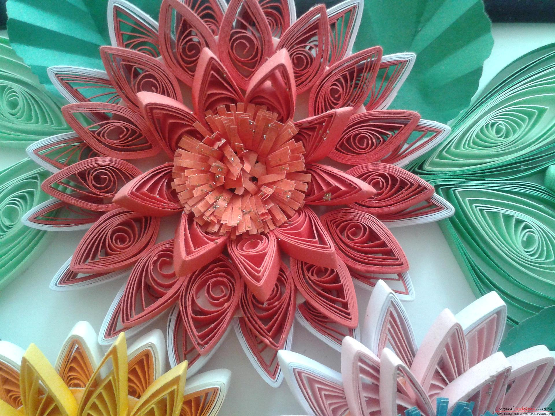 This detailed master-class will acquaint you with quilling technique, teach you how to make quilling flowers and quillings. Picture №10