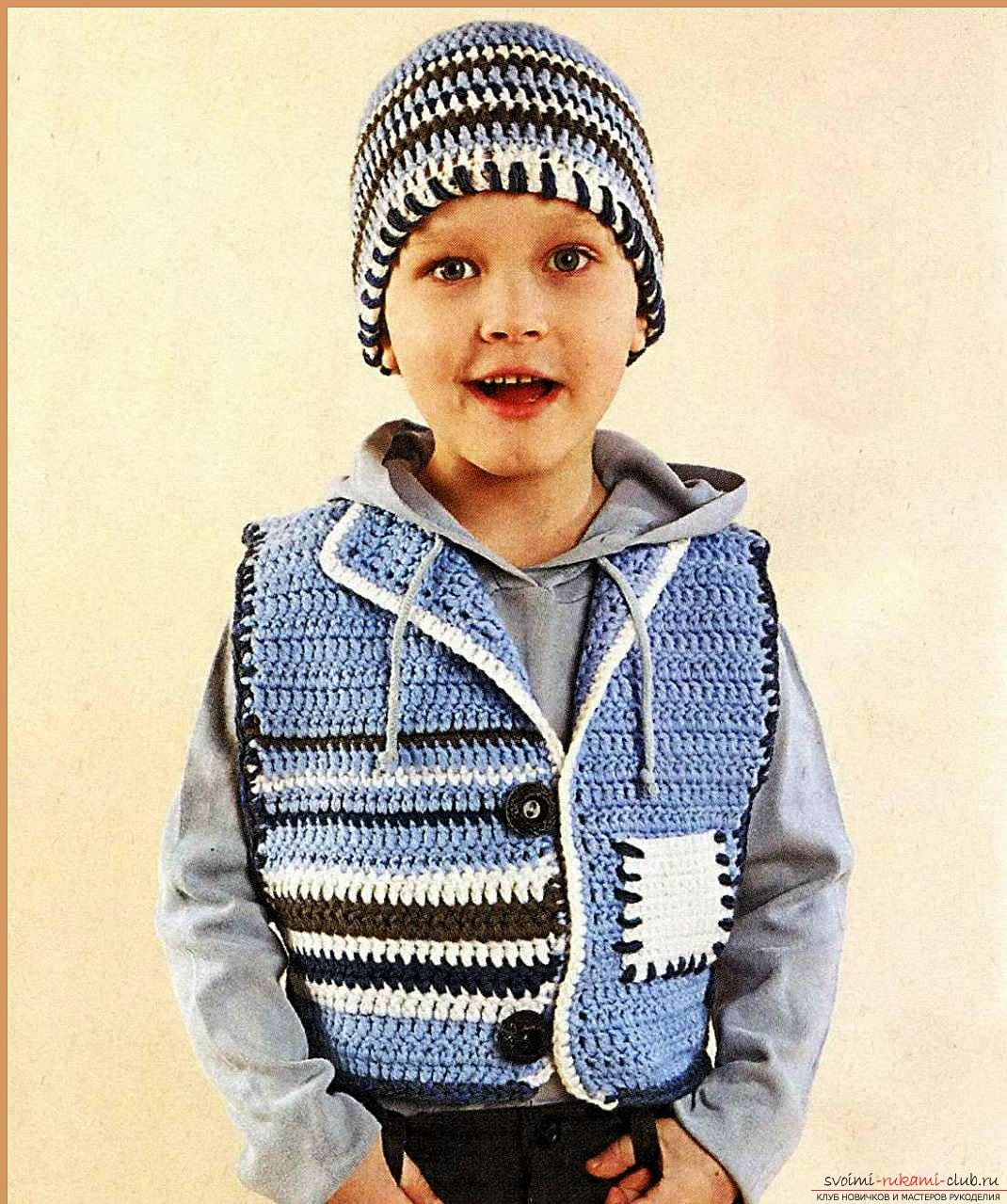 knitted children's vest. Photo Number 9