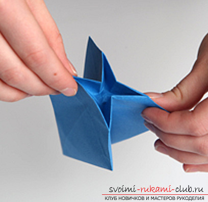Blue dragon origami. Photo number 12