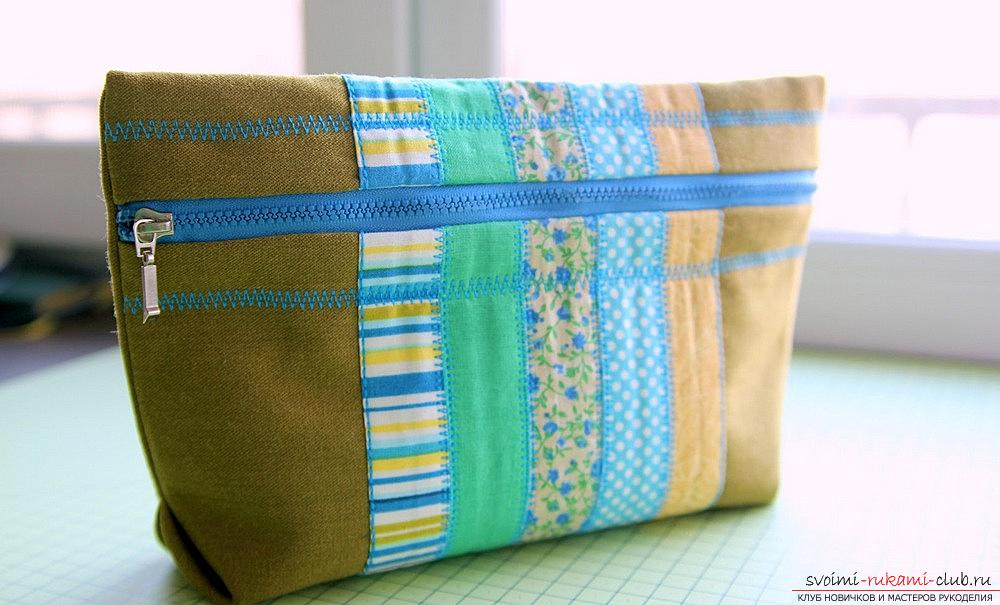 A spacious cosmetic bag sewn in the technique of patchwork sewing. Photo №1
