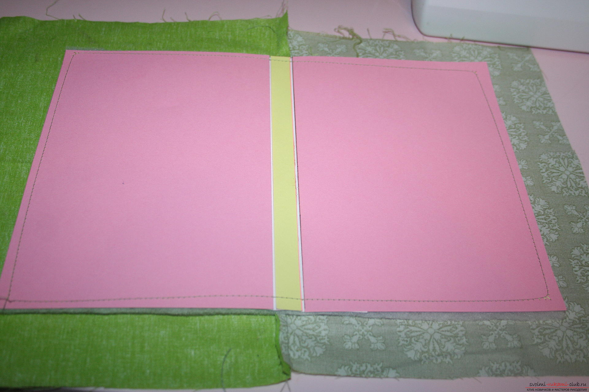 This master class will teach you how to make an original gift for the New Year - scrapbooking notebook. Photo Number 21