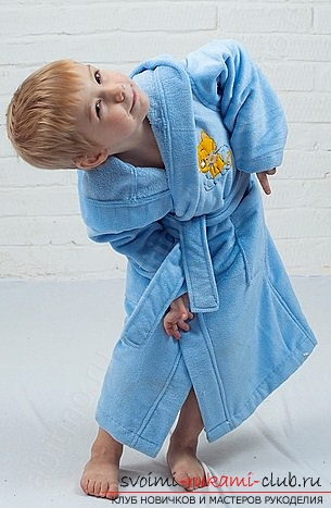 How to easily sew a comfortable dressing gown for a girl on a pre-built pattern from our site. Photo №1